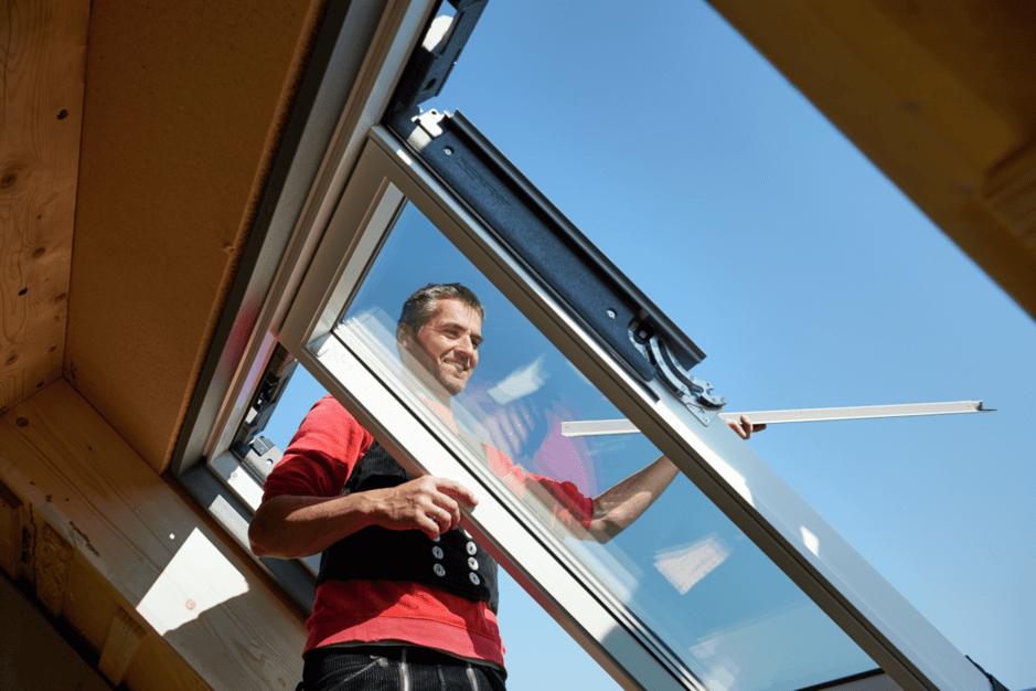 Gut bekannt Dachfenster einbauen: Wissenswertes & Tipps | VELUX Magazin VY27